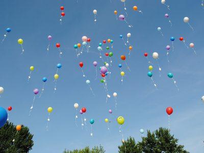 Paal en perk aan ballonnen
